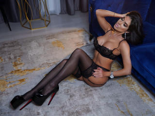 LovelyKinsley live sexchat picture
