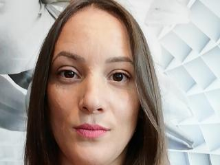 QueenKaly - online show nude with this shaved private part Dominatrix