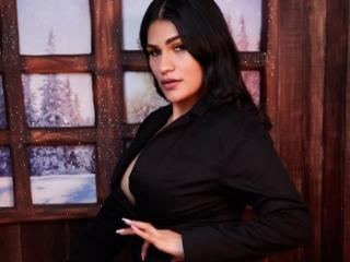 MilkaKaty - Live x with this shaved pubis XXx college hottie