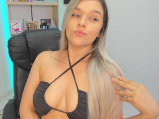 ValerieStone - Chat live hard with this latin X college hottie