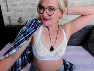 SabrinaMacmarren - Webcam hard with this platinum hair Exciting MILF