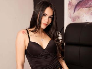 ScarlettAlbas - Chat live hard with a latin X young lady