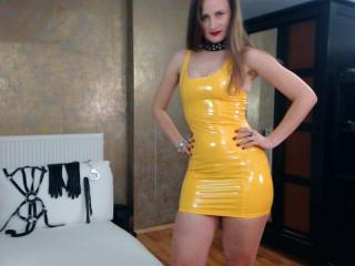 AbyX - Live cam x with this fit physique Dominatrix